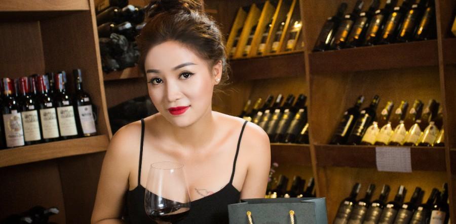 Làm thế nào để nếm rượu vang