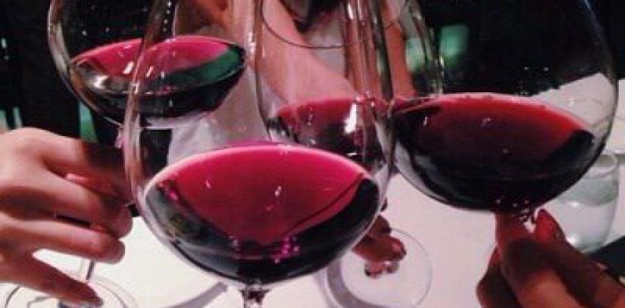''Rượu Vang'' – Gia Vị Cho Những Dịp Đặc Biệt