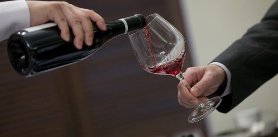 Rượu vang để được bao lâu ?