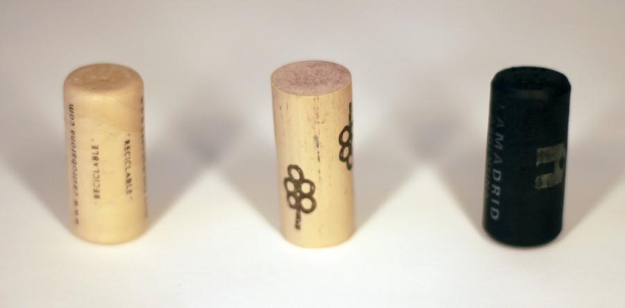 Tại sao nút chai đóng vai trò quan trọng trong việc cất giữ rượu?