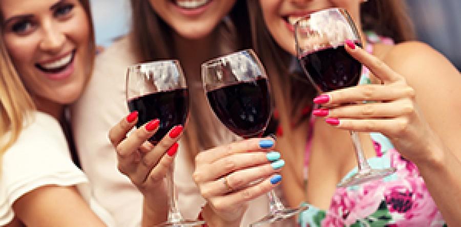 Phụ nữ và rượu vang: Sự tương đồng hoàn hảo
