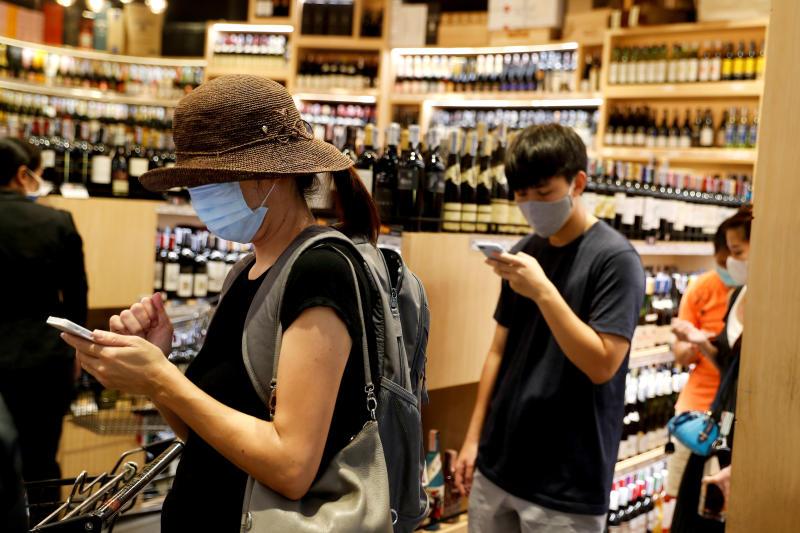 Làm sao chọn mua rượu vang an toàn & tiện lợi giữa mùa dịch covid 3?